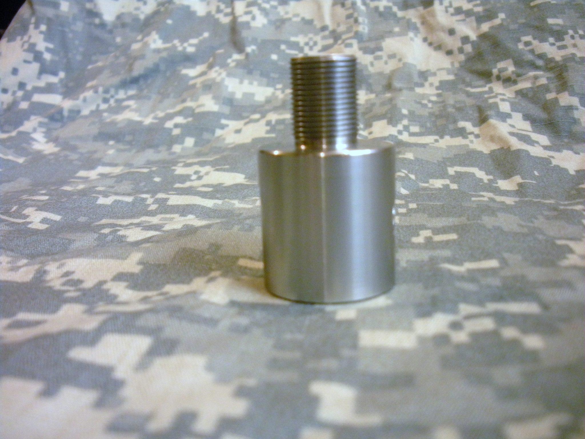 Barrel thread adapter for ruger bull